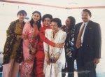 4. Ibu Ainun Habibie bersama putri-putri menantu, Mbak Amanah Abdul Rahiem dan Habib Chirzin, di atas kapal ferry. Brunei Darussalam. 1997